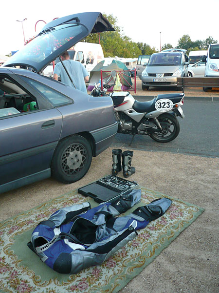 http://marco.gross.free.fr/hfr/rallye2008/volcans2.jpg